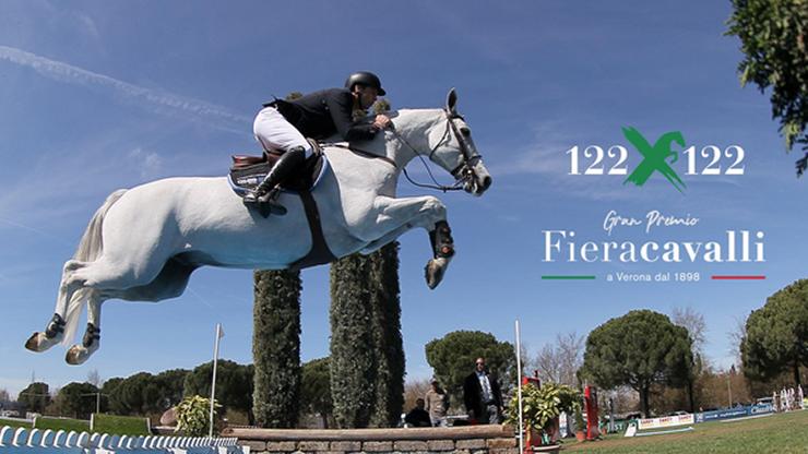 Il Jumping di Fieracavalli torna in gara ad Arezzo con 122x122 ©Fieracavalli.it